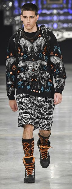 Marcelo Burlon County of Milan - Fall 2016 Street Fashion Shoot, Urban Street Style, Desert Boots, Fall 2016, Pattern Fashion, Gentleman, Milan, Christmas Sweaters, Street Wear