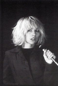 blunt textured bob || Debbie Harry