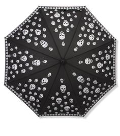 Alexander McQueen Umbrella..Ooooooo need this in my life!!