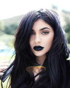 Kylie Jenner wearing black lipstick | goth makeup | gothic chic