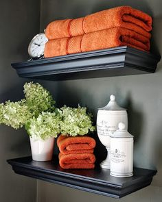 Incorporate earthy tones like the colors of the changing leaves for easy fal decor... Changing Seasons- Easy Autumn Bathroom Decor from Bathroom Bliss by Rotator Rod Bathroom, Living Room, Kitchen, and Dining!
