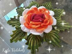Crocheted Flowers, Christmas Wreaths, Holiday Decor, Crochet Leaves, Red Roses, Crochet Carpet, Xmas, Craft, Fabric Flowers