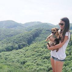 friday hike w/ @samantonitsch @marino_kay @berni_baer  #hiking #weekendfun #besties by misssy.s
