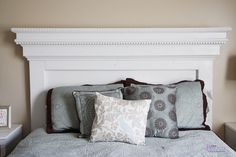 dentil moulding and crown moulding to create this gorgeous headboard from DIYer extraordinaire Ana White.Use dentil moulding and crown moulding to create this gorgeous headboard from DIYer extraordinaire Ana White. Homemade Headboards, Diy Headboards, Diy Home Decor Bedroom, Bedroom Storage, Bedroom Stuff, Bedroom Ideas, Room Decor, Headboard Designs, Headboard Ideas