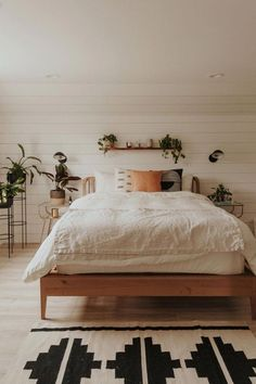 Modern Bedroom Ideas - Searching for the best bedroom design ideas? Use these gorgeous modern bedroom ideas as inspiration for your own remarkable designing plan . Living Room Interior, Home Decor Bedroom, Bedroom Furniture, Bedroom Ideas, Cozy Bedroom, Ikea Bedroom, Bedroom Apartment, Cozy Apartment, Furniture Design