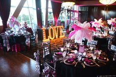 Casey And Mo S Hot Pink Flamingo Chapel Wedding From Bently Wilson Photography
