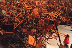 椅子 インスタレーション - Google 検索