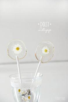 Daisy Lollipops
