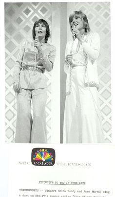 HELEN REDDY ANNE MURRAY SINGING THE HELEN REDDY SHOW ORIGINAL 1973 NBC TV PHOTO in | eBay