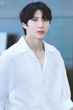 Leo is just too damn breathtaking K Pop, Cute Funny Pics, Vixx Members, Jung Taekwoon, Jellyfish Entertainment, Korean Entertainment, Love My Family, Drama Queens, My Prince