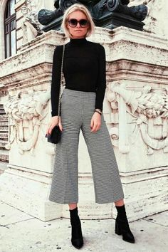 Awesome 123 Awesome Winter Outfits To Update Your Work Wardrobe #women fashion # via http://glitterous.net/2018/07/123-awesome-winter-outfits-to-update-your-work-wardrobe/