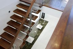 This internal residential stair shows Arden's typical procedure of developing a stair design in collaboration with an architect