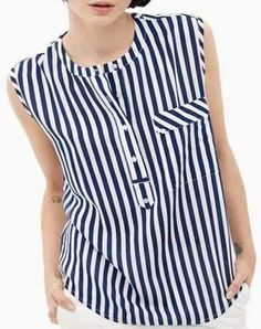 61 super Ideas for sewing clothes recycling moda Casual Fashion Trends, Fashion Outfits, Style Fashion, Chiffon Tops, Chiffon Blouses, Women's Blouses, Sleeveless Tops, Sewing Blouses, Long Blouse
