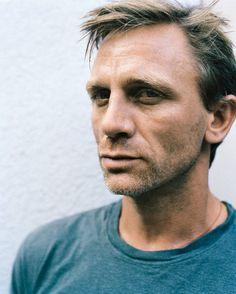 Daniel Craig, always good to look at ;)