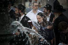 do jews work on rosh hashanah