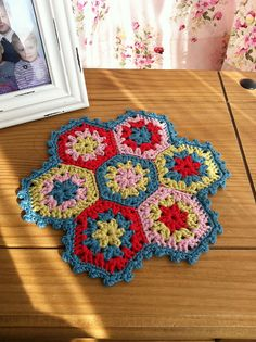 Hexi Table Mat... Ta-daa by Tea at Weasel's, via Flickr