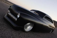 stunning, minimal and satin black!