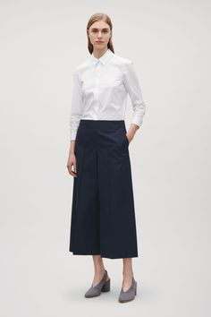 Cos Culottes With Pintuck Detail - Navy 12 Cos Trousers, Cos Outfit, Flatlay Styling, Pin Tucks, Office Fashion, Boutique, Style Guides, Celebrity Style, Womens Fashion