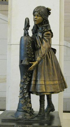 The Nine Women of Statuary Hall : EVE | Equal Visibility Everywhere