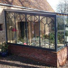 Véranda Extension Veranda, Glass Porch, Diy Outdoor Kitchen, Porches, Winter Garden, Sunroom, Outdoor Spaces, My House, Brick