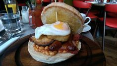 The Big Breakfast at Eastway, Liverpool Street London Brighton, Liverpool Street, Best Breakfast, The Good Place, Food And Drink, Drinks, Ethnic Recipes, Amazing Places, Mornings