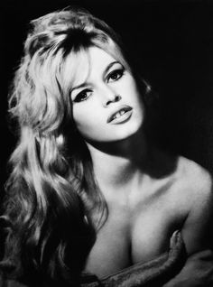 brigitte bardot - sex symbol of the Bridgitte Bardot, Classic Actresses, Beautiful Actresses, Brigitte Bardot Young, And God Created Woman, Actrices Hollywood, Jane Fonda, French Actress, Hollywood Glamour