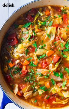easyrecipes comfortfood souprecipes vegetables delishcom carrots healthy veggies cabbage peppers delish recipe right needs soup Cabbage Soup is what your soul NEEDS right now Get the recipe at You can find Fall soup recipes and more on our website Beef Soup Recipes, Fall Soup Recipes, Cabbage Soup Recipes, Healthy Diet Recipes, Ground Beef Recipes, Vegetarian Recipes, Cooking Recipes, Eating Healthy, Vegetable Soup Cabbage