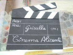 Montaje del concurso de escaparates del Festival de Cine de Alicante