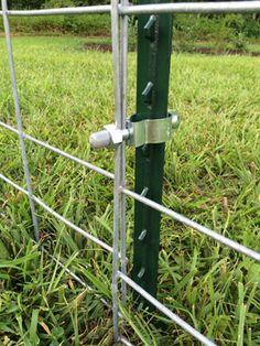 FARM SHOW panel connectors for farm animals simplify the construction of fences . FARM SHOW panel