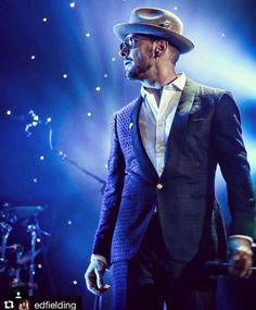 Matt Goss ❤ Vegas cool