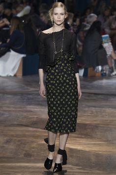 Christian Dior Spring 2016 Couture Collection Photos - Vogue