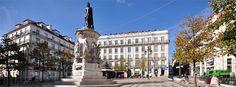 Praça Luis de Camoes | Lisboa, Portugal