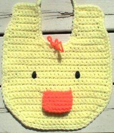 Duckie Bib - Free by Jocelyn Sass of Cute Crochet Chat / Ducks - Animal Crochet Pattern Round Up - Rebeckah's Treasures Crochet Baby Bibs, Crochet Gratis, Crochet Baby Clothes, Love Crochet, Crochet For Kids, Baby Knitting, Knit Crochet, Bib Pattern, Free Pattern