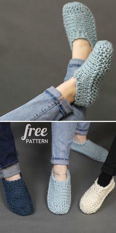 Knit Slippers Free Pattern, Crochet Slipper Pattern, Baby Shoes Pattern, Shoe Pattern, Knitted Slippers, Crochet Slippers, Slipper Socks, Knitting For Kids, Easy Knitting