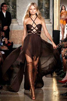 Emilio Pucci Spring 2011 Ready-to-Wear Fashion Show - Magdalena Frackowiak