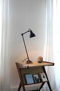 The Lampe Gras 206 Table Lamp - Black Satin by Lampe Gras has been designed by Bernard-Albin Gras. Lampe Gras 206 table lamp is in its form very flexible and has a practical light. This beautiful table lamp is made of steel and oak wood also comes. Dcw Editions, Lampe Gras, Black Table Lamps, Modern Interior Design, Desk Lamp, Lighting Design, Light Bulb, Furniture Design, Home Decor