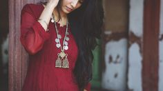 """The Scarlet Window — Chandni Chowk Chandni Chowk, which means """"moonlit. Indian Photoshoot, Pencil Skirt Outfits, Girl Photography Poses, Indian Models, Indian Girls, Indian Wear, Indian Style, Classic Looks, Indian Beauty"""