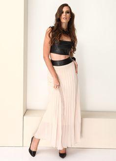 Stil Aşkı: Cesur ve Güzel Etek Markafoni'de 80,00 TL yerine 26,99 TL! Satın almak için: http://www.markafoni.com/product/5017394/ #markafoni #fashion #instafashion #style #stylish #look #photoshoot #design #designer #bestoftheday #gri #dress #girl #model