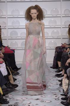 Bertrand Guyon's second Haute Couture collection for Schiaparelli - Silhouette 15
