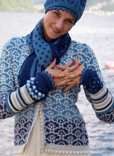 Solveig Hisdal alpaca sweater and accessories. #knit