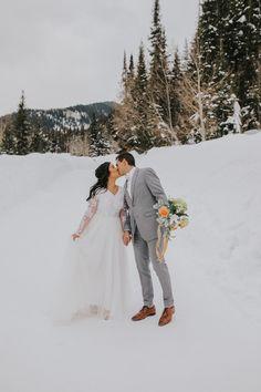Snow Wedding, Winter Wonderland Wedding, Dream Wedding, Winter Love, Winter Bride, Alaskan Wedding, Wedding Dresses Lds, Couple Shoot, Bridal Gowns