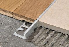 Wood Tile Floors, Wooden Flooring, Kitchen Flooring, Concrete Tiles, Kitchen Backsplash, Renovation Parquet, Transition Flooring, Country Interior Design, Home Design Living Room