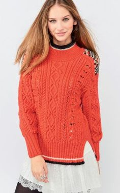 Lily Pull : Polyamide, Laine peignée, Acrylique, Polyester, Laine peignée mérinos › Pull › Femme › Laines Bouton d'Or Knit Fashion, Girl Fashion, Knitting Designs, Polyester, Knitwear, Turtle Neck, Pullover, Boutique, Crochet