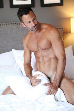 Hot Men Sexy Guys Sexy Men Hot Dads Alpha Male Men