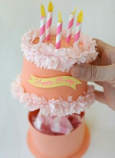 DIY this birthday cake gift box for a genius gift wrap solution.: DIY this birthday cake gift box for a genius gift wrap solution.: DIY this birthday cake gift box for a genius gift wrap solution. Birthday Cake Gift, Gift Cake, Birthday Diy, Birthday Woman, Birthday Gift Wrapping, Funny Birthday, 22nd Birthday, Gift Wrapping Ideas For Birthdays, Diy Crafts For Birthday