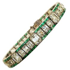 OSCAR HEYMAN Diamond and Emerald Bracelet