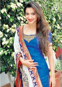 Are you searching for somebody extraordinary for today around evening time joy at that point meet me I am Kiran Kumari a selective model girl and offering an extraordinary services in Delhi. Bollywood Celebrities, Bollywood Fashion, Bollywood Actress, Indian Attire, Indian Wear, Indian Dresses, Indian Outfits, Different Suit Styles, Gauhar Khan