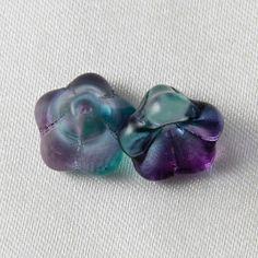 10 pcs - 14mm x 11mm Glass Trumpet Bell Flower Beads Mauve & Green