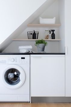 24 Laundry Room Ideas, Worry-freeing Your Irking Chore - Small laundry room design is about creating functional small spaces where chores do not get procras - Laundry Nook, Small Laundry Rooms, Laundry Closet, Laundry Room Organization, Laundry Room Storage, Laundry In Bathroom, Small Rooms, Small Spaces, Laundry Organizer