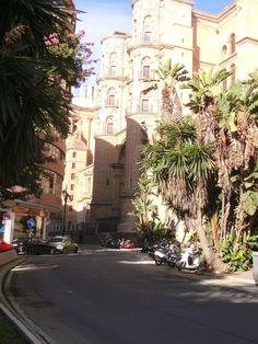Callecita pintoresca en Málaga (Es)